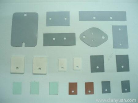 北龍電子專業生產矽膠片,絕緣硅膠片