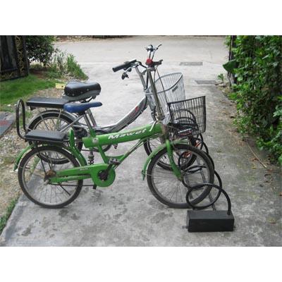 供應各種單車架 自行車架 可來電咨詢