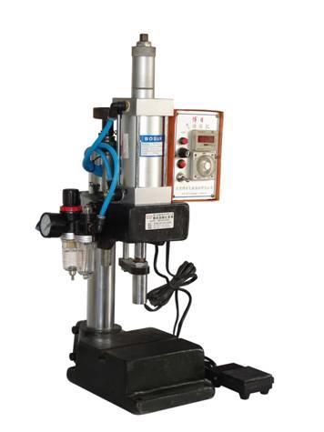小型气动铆合压力机