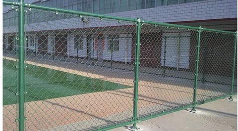 體育場護欄網、體育場圍欄網、斜方孔護欄網