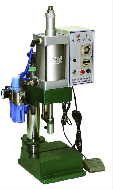 生產800公斤壓力氣動沖床,氣動壓機