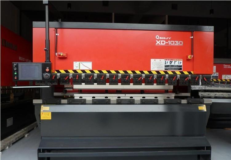 品牌XD-1030型電液同步高端數控折彎機 進口彎板機