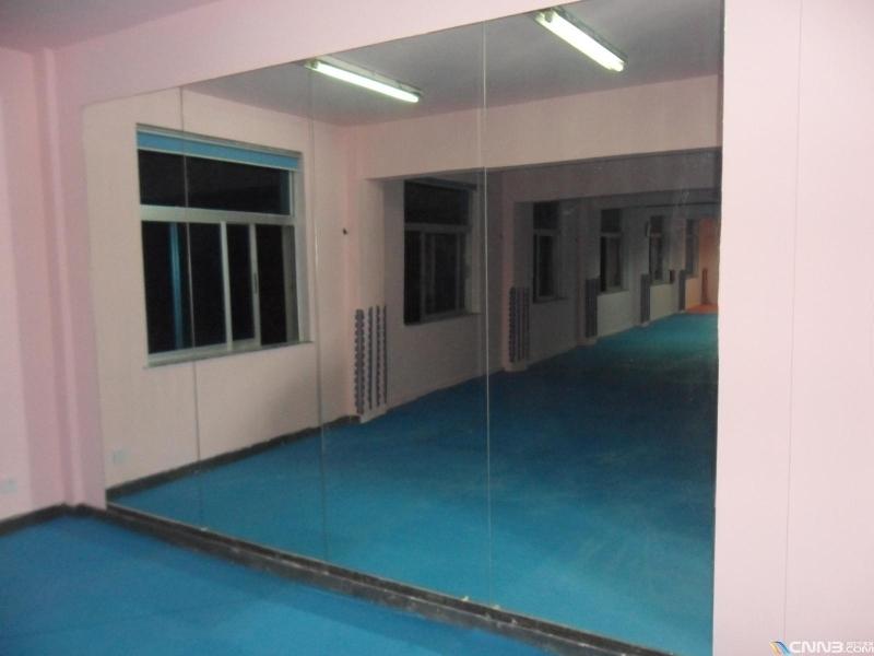 朝陽區安裝鏡子望京安裝舞蹈室鏡子大鏡子