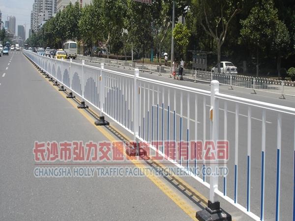 湖南道路護欄工程