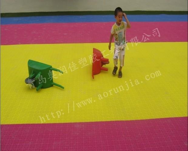 幼兒園拼裝地板-彩色拼裝地板