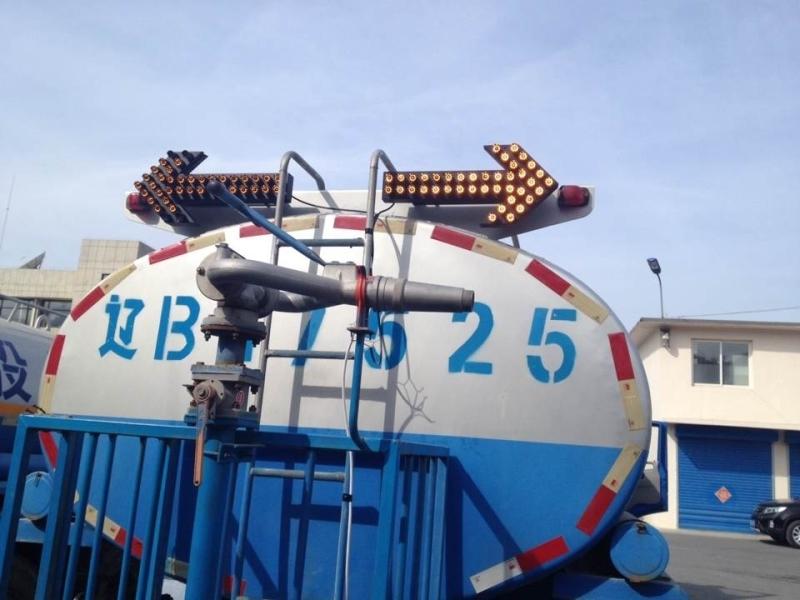 供應昆明車載箭頭燈掃地車車載箭頭指示燈貴州車載箭頭燈