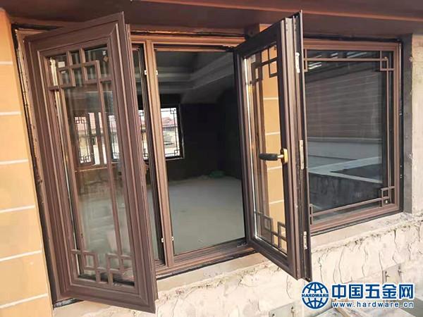 别墅中式铝合金门窗 (6)