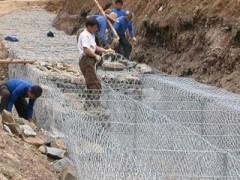 包塑石笼网厂 高锌六角网防洪防泥石流石笼网