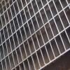 建筑工地踏步鋼格柵廠家 熱鍍鋅電廠平臺格柵板 排水溝蓋板