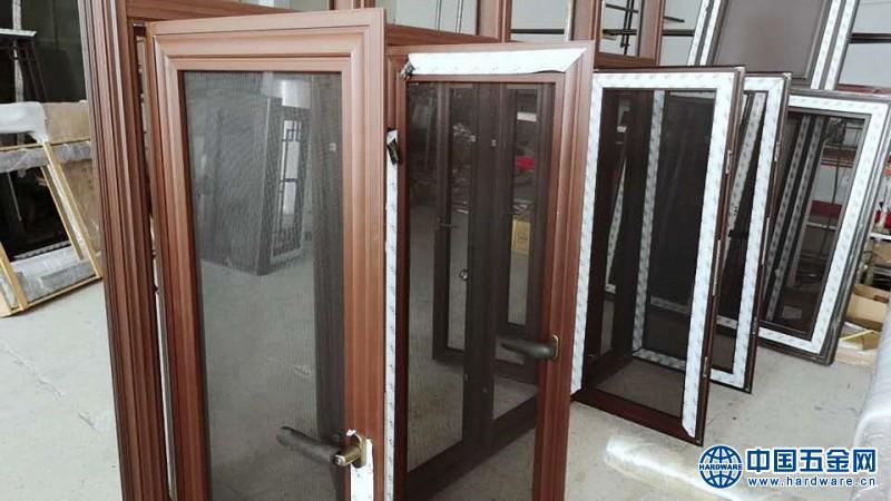 118窗紗一體仿古門窗 (3)
